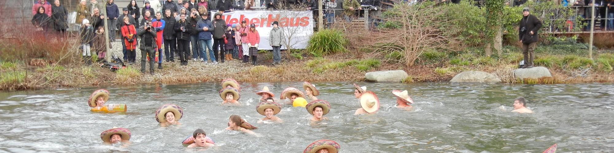 Neujahrsschwimmen WeberHaus World of Living DSCN0434-cdnparams-cx16-cy148-cw2575-ch645-w2000-h501-t1542704591.JPG