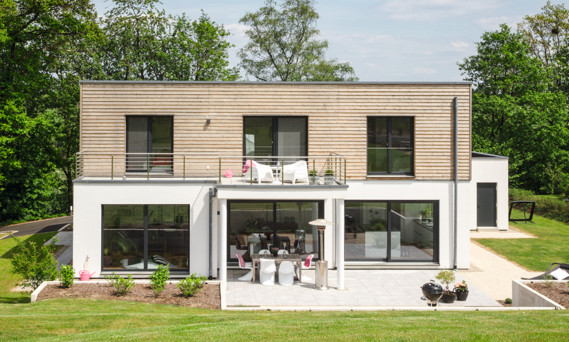 frei geplantes Architektenhaus im Bauhausstil