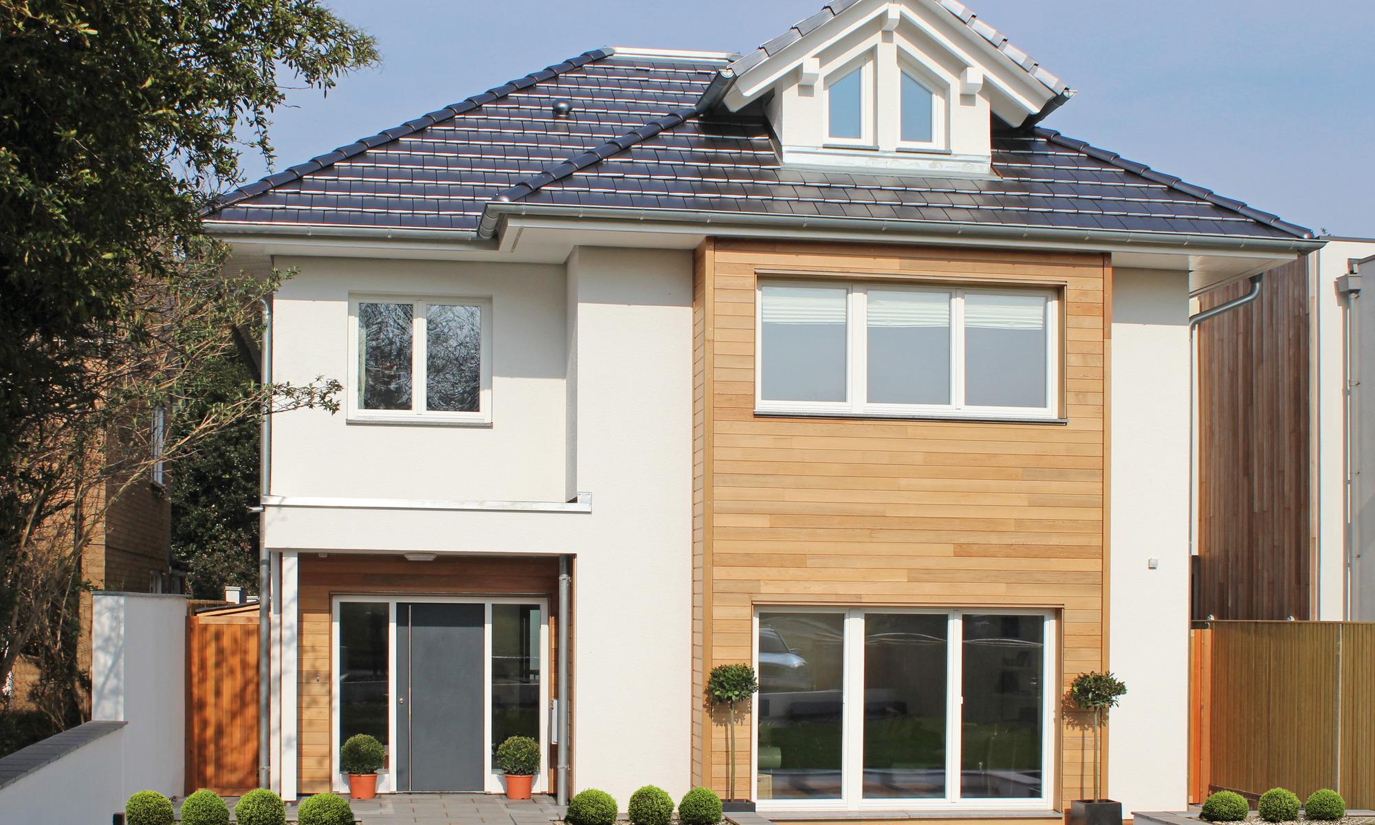 Open plan prefabricated house with sliding door