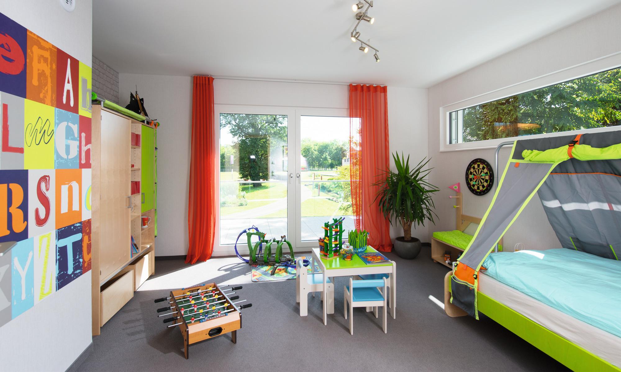 Contemporary, eco-friendly prefabricated house