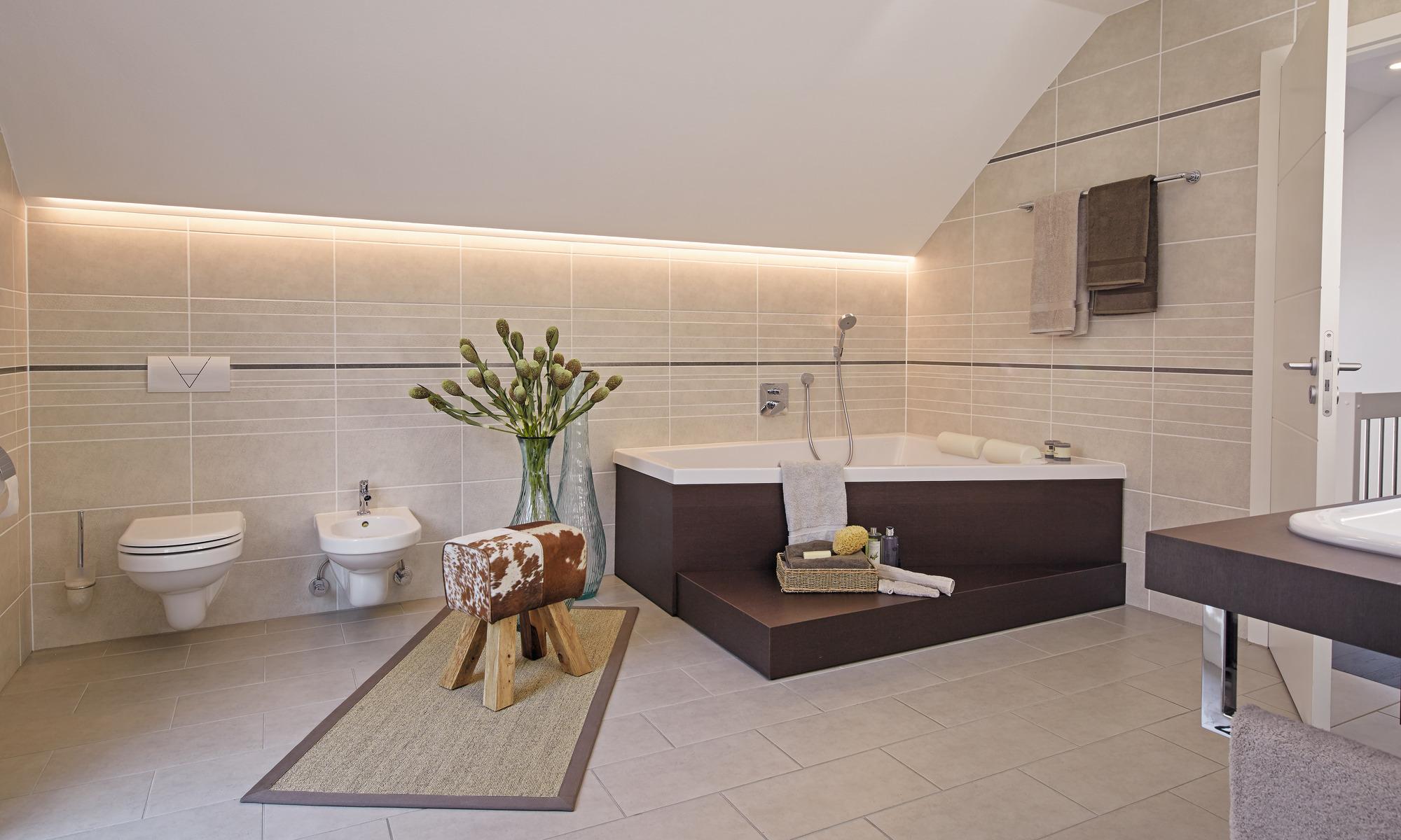 großes Badezimmer