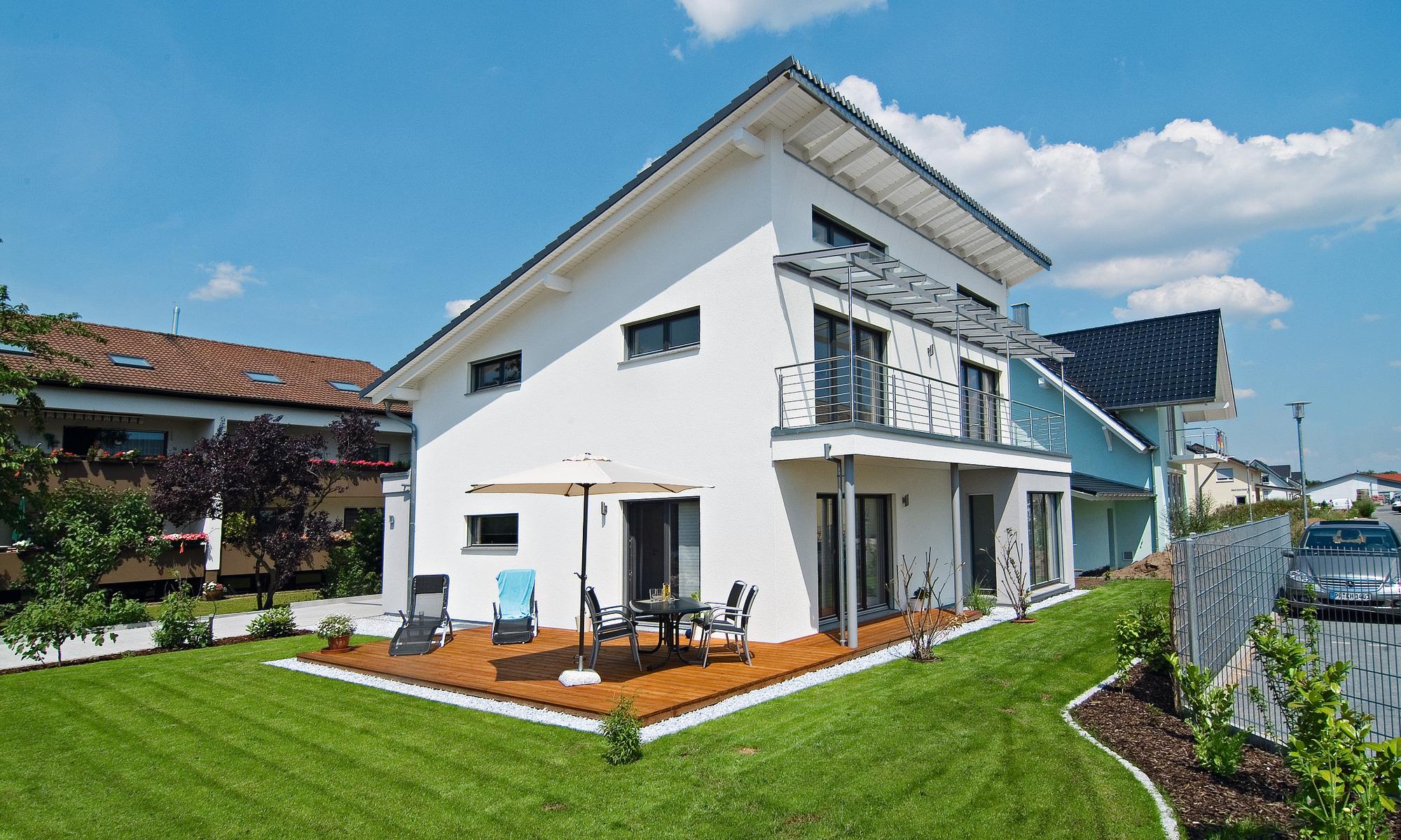 Fertighaus, frei geplantes Architektenhaus, Pultdach