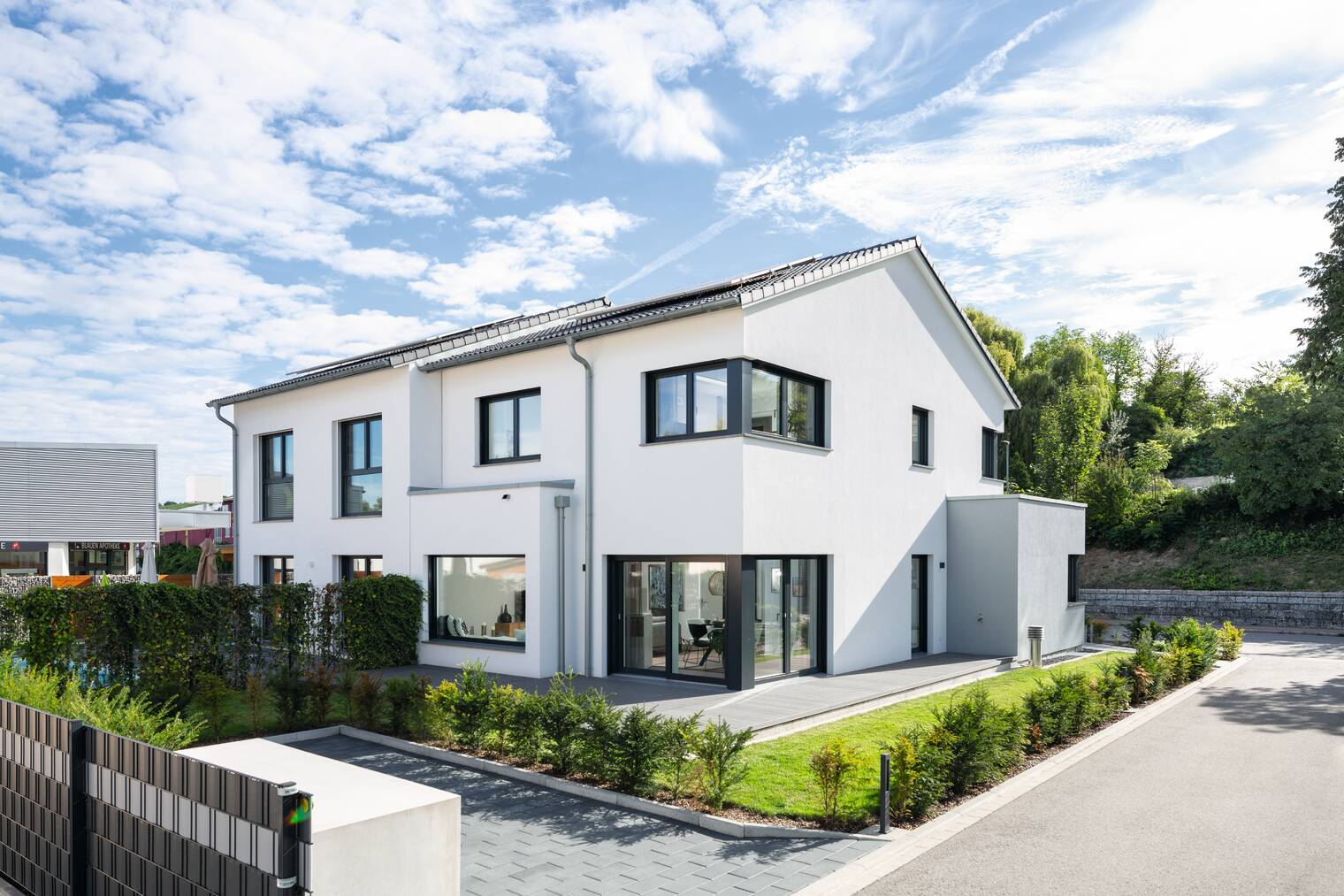 Modernes Doppelhaus Ausstellungshaus Schliengen