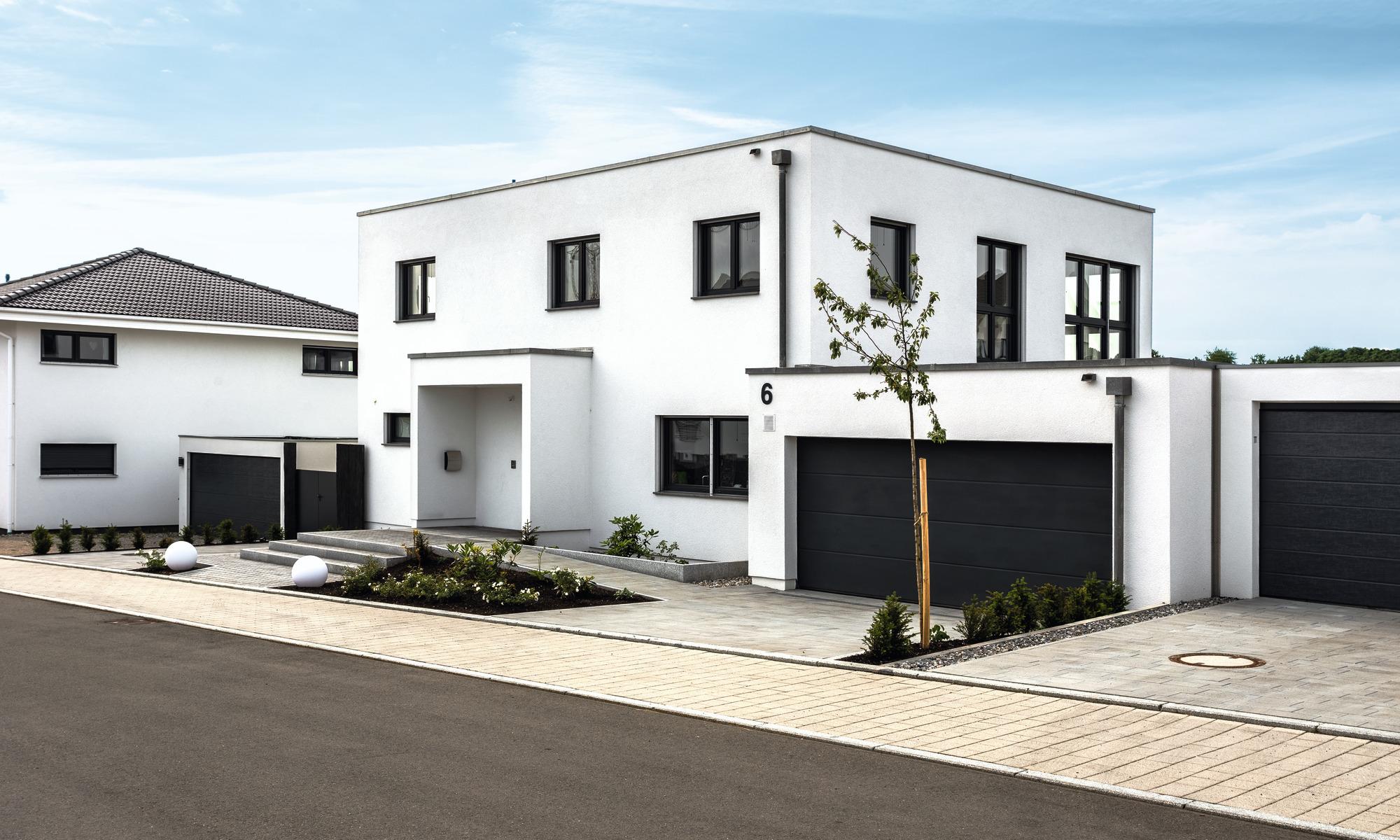 Zweifamilienhaus im Bauhaus-Stil