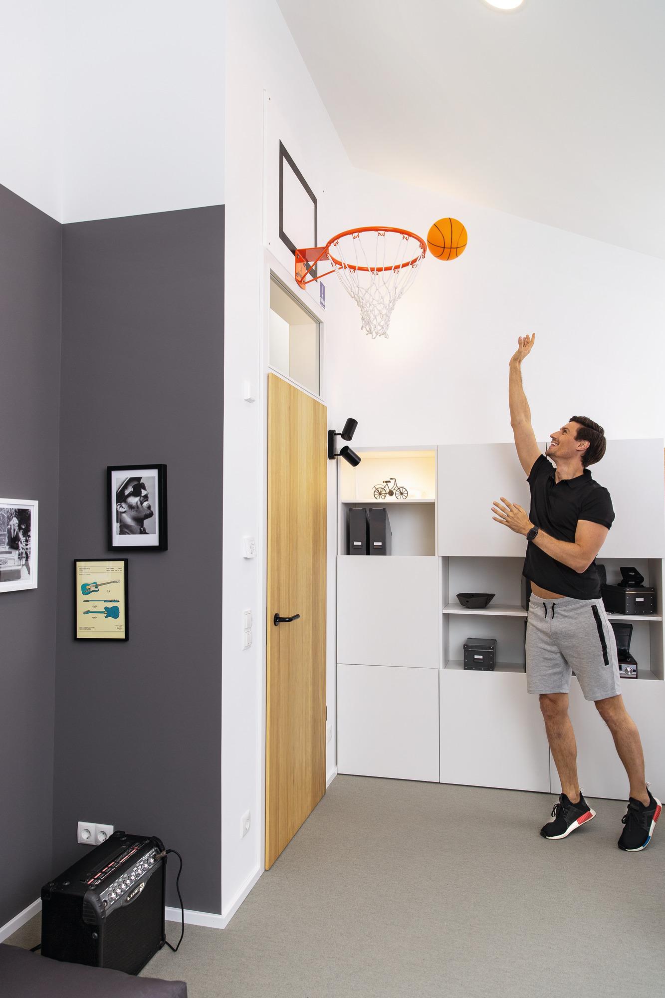 Hobbyzimmer mit Basketballkorb